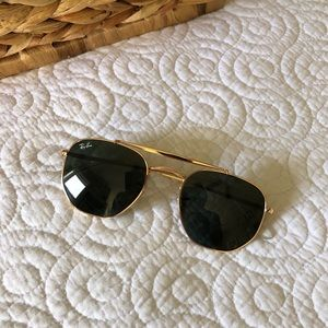 Ray-Ban Marshal in Green Classic